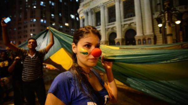 Percepção de que Brasil está no rumo errado supera fase pré-impeachment e atinge nível recorde, diz pesquisa