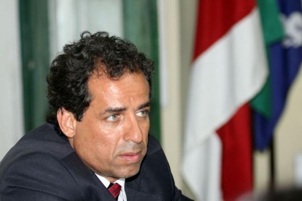 Ex-prefeito de Santo Amaro deve se apresentar à PF nesta sexta