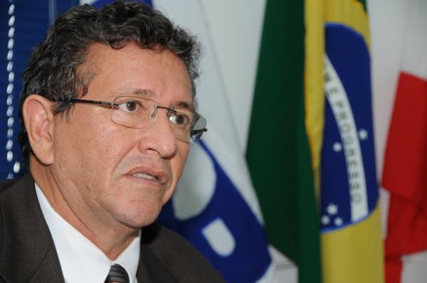 Justiça decreta perda de mandato de Luiz Caetano