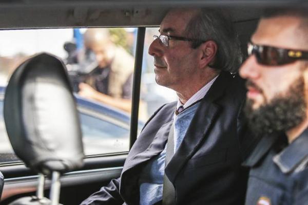 Cunha se cala em depoimento à Polícia Federal
