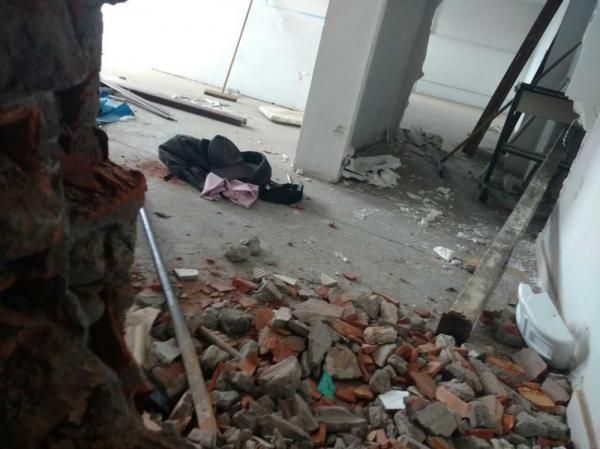 Banco é invadido em Feira de Santana; câmeras são desligadas e muro danificado, diz PM