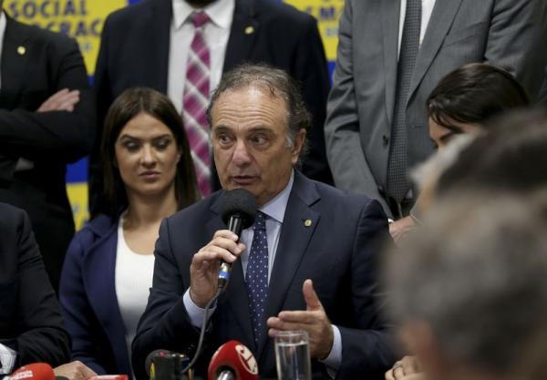 PSDB libera bancada, mas líder vai orientar voto contra Temer