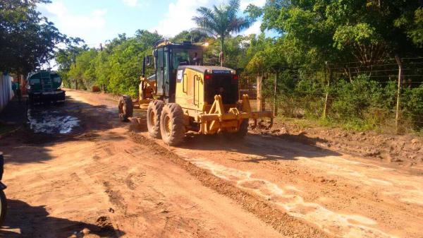 Santo Estevão | Após chuvas, prefeitura inicia o patrolamento de estradas rurais