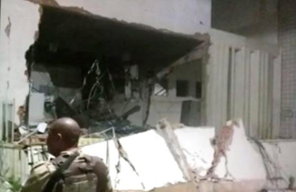 Bandidos explodem agência bancária em Paripiranga, nordeste da Bahia