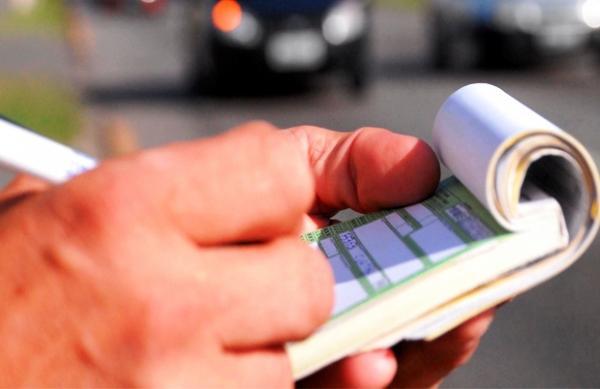 Para onde vai o dinheiro recolhido com multas de trânsito?
