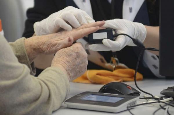 Recadastramento biométrico para eleitores com mais de 70 anos é obrigatório?