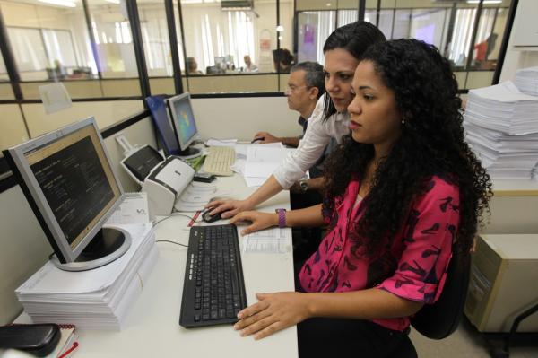 Partiu Estágio oferta mais três mil vagas em órgãos da administração pública estadual