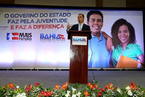 Rui Costa anuncia publicação de segundo edital de auxílio financeiro para universitários
