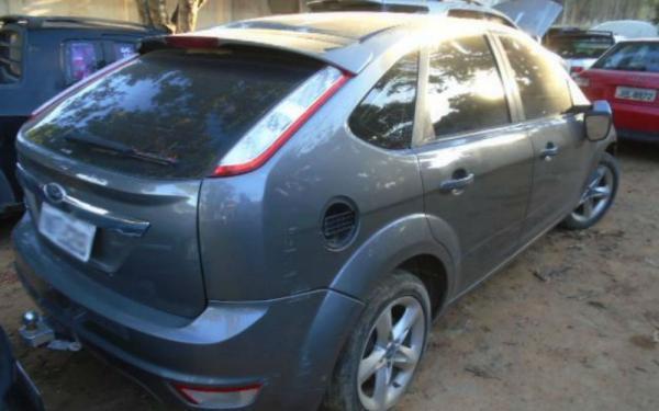 Com lances a partir de R$ 100, veículos e sucatas apreendidos são leiloados na Bahia
