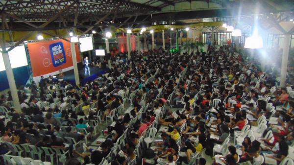 FTC faz Mega Revisão Enem gratuita para mais de dois mil estudantes
