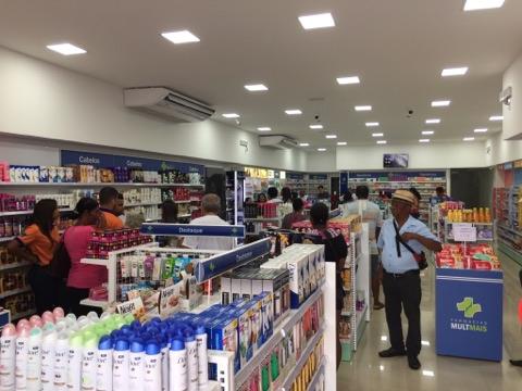 Com um novo conceito no ramo farmacêutico, a iFarma é inaugurada em Santo Estevão