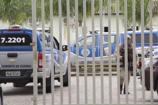 Internos do Zilda Arns fazem agentes reféns durante rebelião