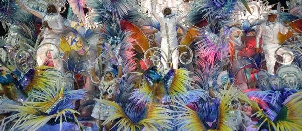 Beija-Flor é a campeã do Carnaval 2018 no Rio de Janeiro