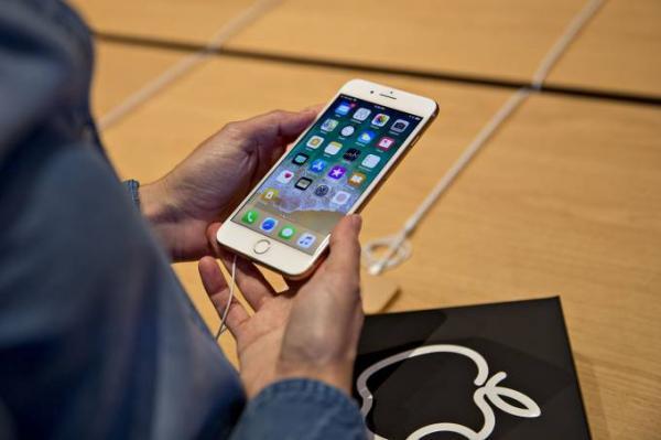 Nova falha do iOS trava apps de mensagem, como o WhatsApp