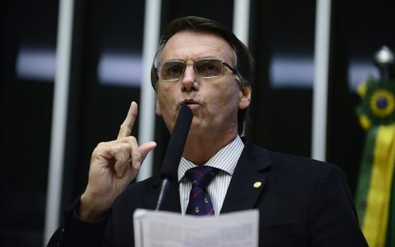 O silêncio de Bolsonaro sobre a intervenção federal na Segurança Pública no Rio de Janeiro